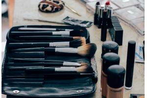 Makijaż dzienny do pracy - podstawowe zasady