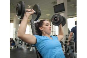 Planujesz chodzić się na siłownię? Przeczytaj, zanim się zapiszesz!