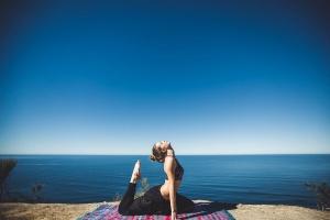 Joga – dla ciała i umysłu. Dlaczego warto ją ćwiczyć?