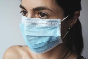 Koronawirus – statystyki, objawy, zagrożenia. Co powinniśmy wiedzieć?