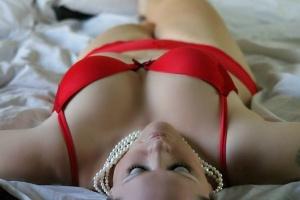 Gry erotyczne: w co zagrać, by podkręcić atmosferę w sypialni?