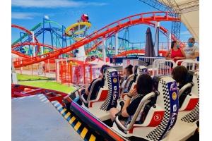 Zastanawiasz się jak zapewnić adrenalinę dla Twojego faceta? Weź go na największe roller coastery.