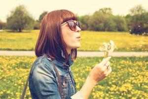 Kurtki damskie na wiosnę – poznaj najczęściej wybierane modele