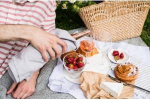 Piknik w gruzińskim stylu – przepis na słodki chlebek nazuki!